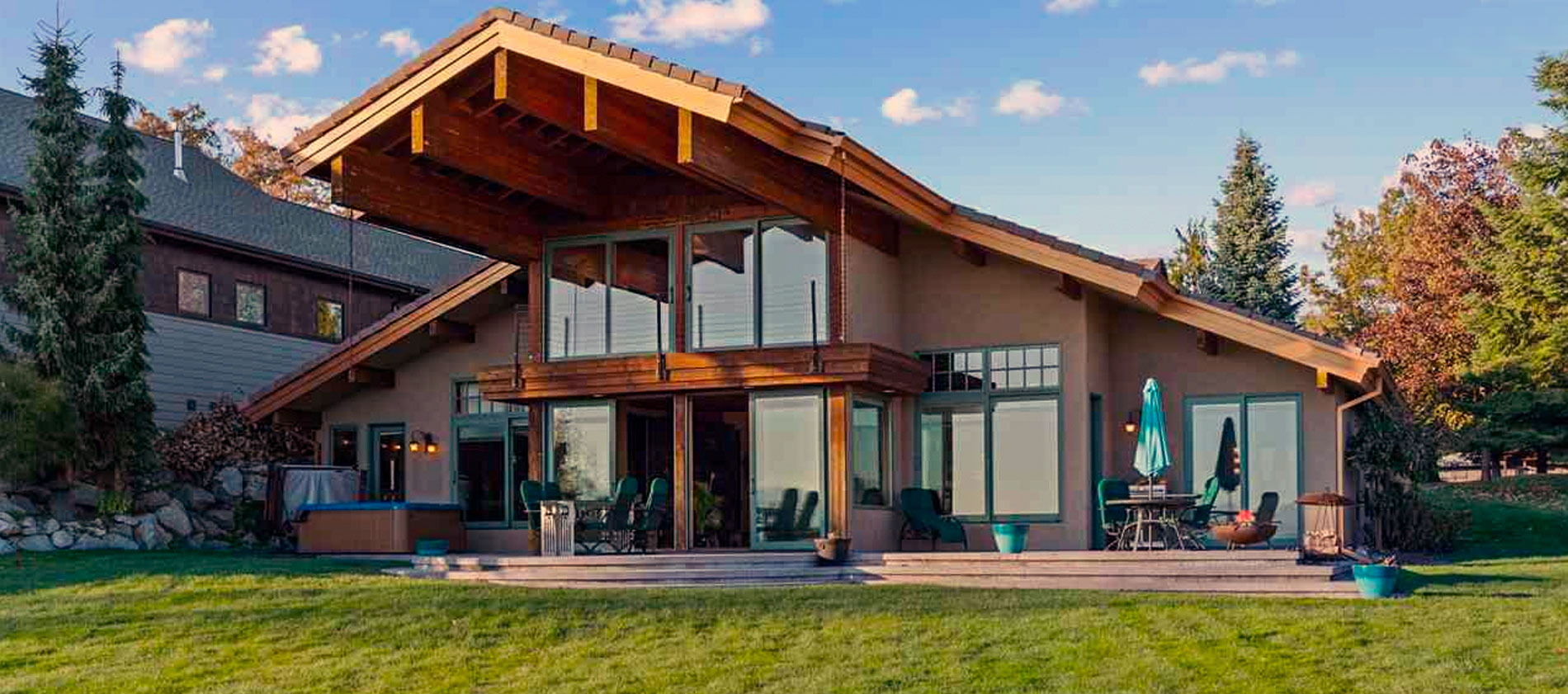 CUSTOM CRAFTSMEN WATERFRONT HOME IN GORGEOUS SANDPOINT, IDAHO